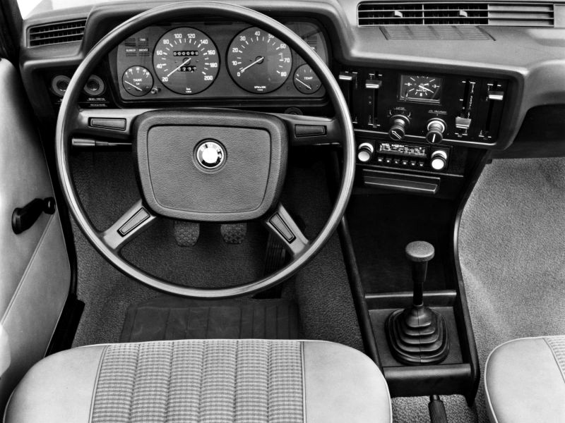 BMW E21 3 series interior