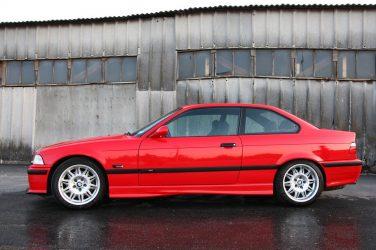 BMW E36 M3 hellrot